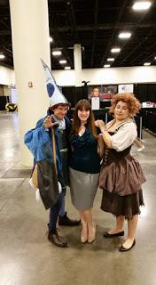 Author Emilyann Girdner and amazing Last Unicorn Cosplay at Wizard World Comic Con